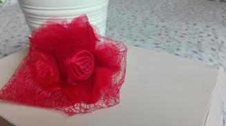 pasador redecilla rosa roja